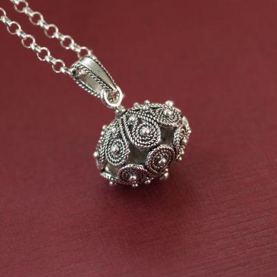 """278c4bae03 Ciondolo bottone sardo in argento """"MELAERANU"""" – Flore Sardigna ..."""